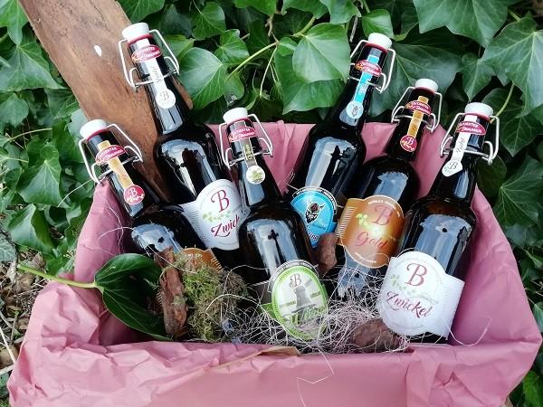 """Bierbox für Frauen mit 6 Bier aus dem """"Butjenter Brauhaus"""" und einem gelasertem Schild"""