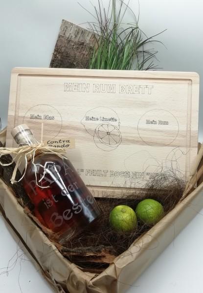 """Rumset mit Rum-Brett und Rum """"RON CONTRABANDO"""" in gravierter Flasche"""